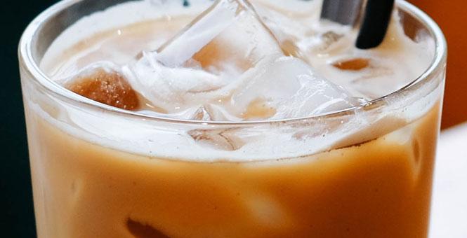 Kávové smoothie s proteinem