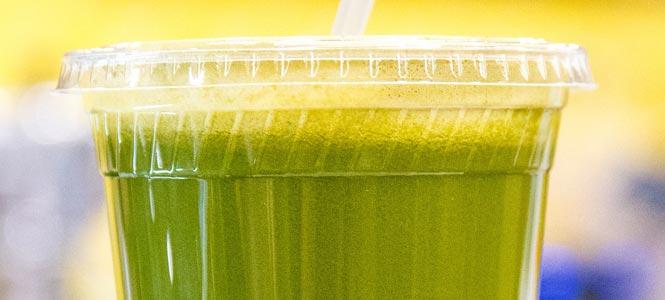 Zdravím nadupané zelené smoothie s Blendeou